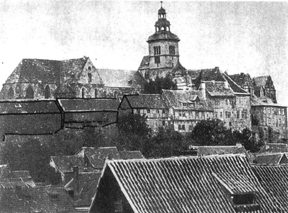 Ansicht von Nord-Ost, um 1865  Quelle: nach Arbeitsgruppe Altstadt, 1995/96, Planunterlagen, Archivalien, Tafel A 16