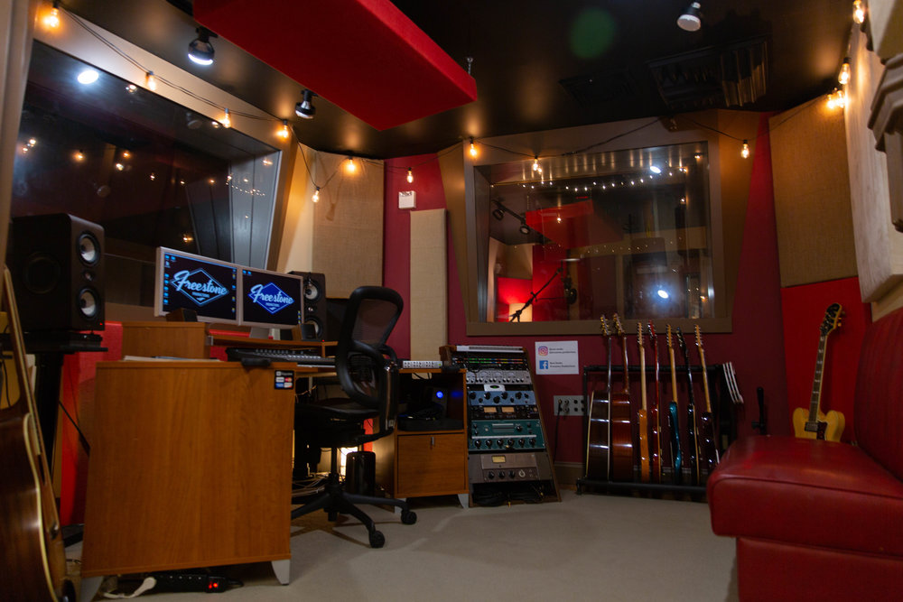 Real_Studios_6.jpg