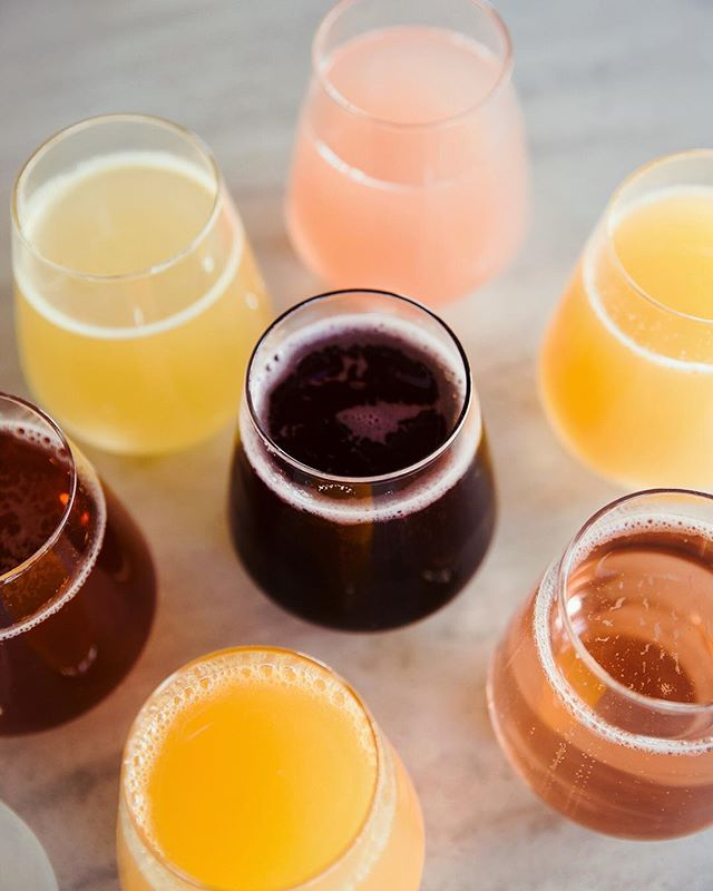 Today's going to be fizz-tastic!!! We're now serving up 8 flavors of BOTTOMLESS MIMOSAS with our brunch menu, Sat & Sun from 9-2 pm.  Try the Chicha Morada - a Peruvian-inspired blend of pineapple, purple corn, cinnamon and cloves, and the deep purple bubbly pictured above.  It's the perfect pairing for any of our made from scratch brunch plates.  Cheers! 🍾🥂 . . . . . 📷 : @kcplates  #tribekc #triberivermarket #igkansascity #kcplates #kcfoodie #eatlocalkc #drinklocalkc #rivermarketkc #kcrivermarket #kcbrunch #mimosastyle #bottomlessmimosas #kcfoodiefinds #igerskc #igkansascity #igkc #igkcmo #kcmo #brunchdate #saturdaybrunch #feastgram #kansascityfood #brunchlife #kcrestaurants #cafestagram #bubbly🍾 #mimosasaturday #eatlocalkc #supportlocalkc #foodiegrams