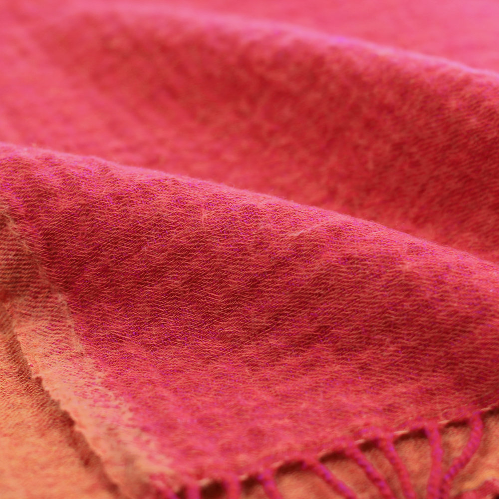 Merino Wool Rev Throw_Fuchsia Orange_Detail.jpg