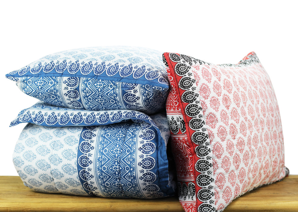 Cotton Voile Quilt Sets_Hero_Blue_Red.jpg