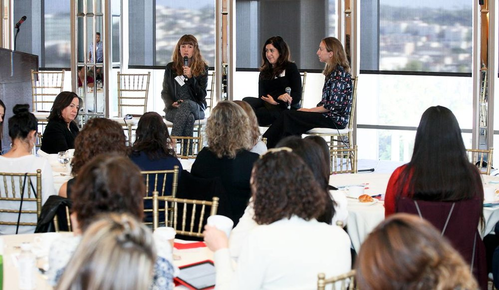 Tanya Paz (center) speaking at the AIA/LA Powerful IV Event. October 2017.