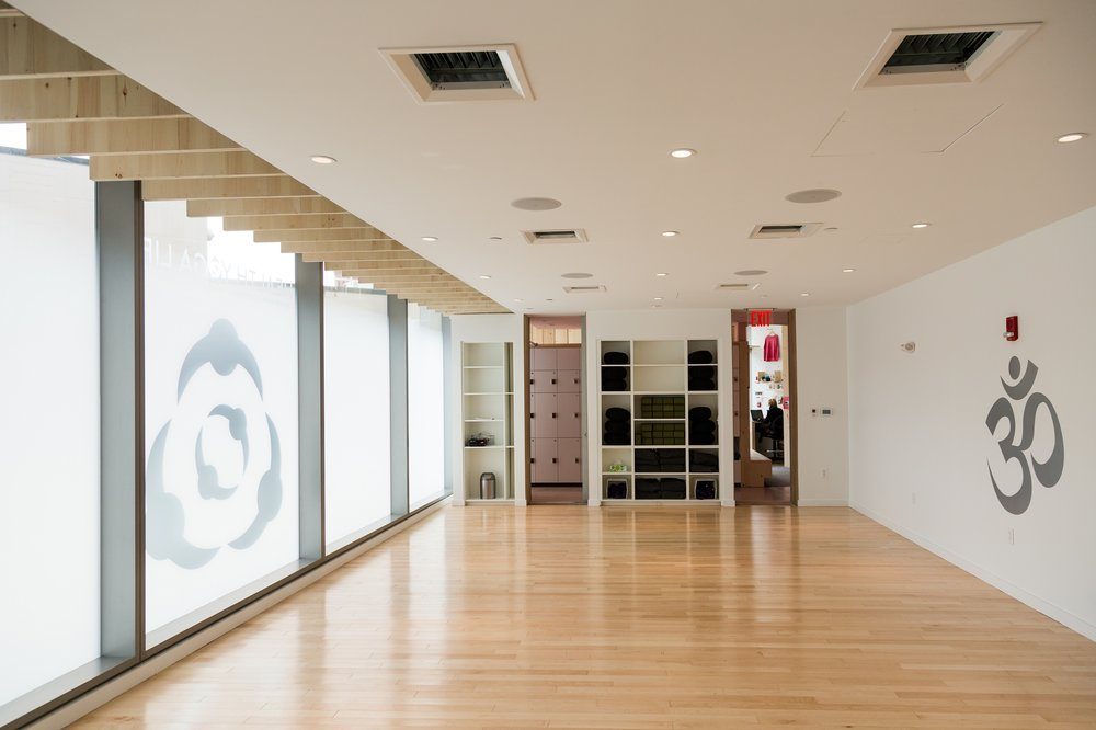 The NEW Health Yoga Life Studio that just opened in Cambridge! I mean, could it be any more beautiful?