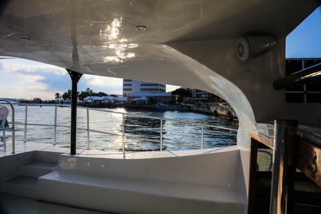 Bermuda-Yacht-UberVida-III7104-640x480.jpg