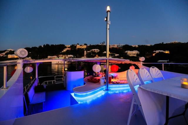 Bermuda-Yacht-UberVida-III7459-640x480.jpg