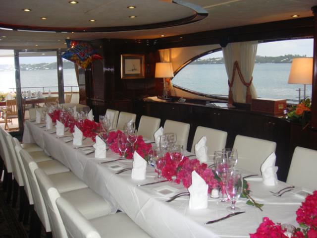 dining-interior-640x480.jpg