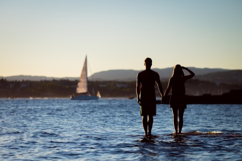 boss-fight-free-high-quality-stock-images-photos-photography-man-woman-lake-sailboat-500x333