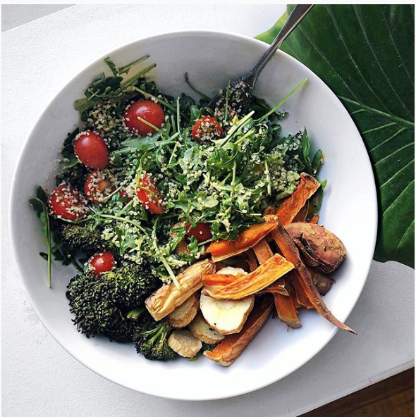 mixed greens with roasted veggies.png