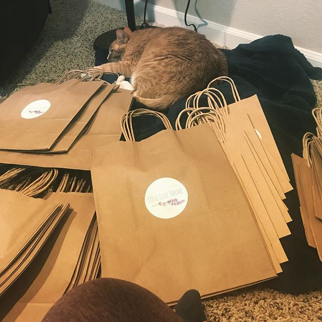 Getting ready for the Cambio Holiday Market with the sweetest helper! If you're COS local, stop by Cambio Yoga on Saturday from 4-8 to shop with local artisan vendors and save on shipping. You gotta try this!
