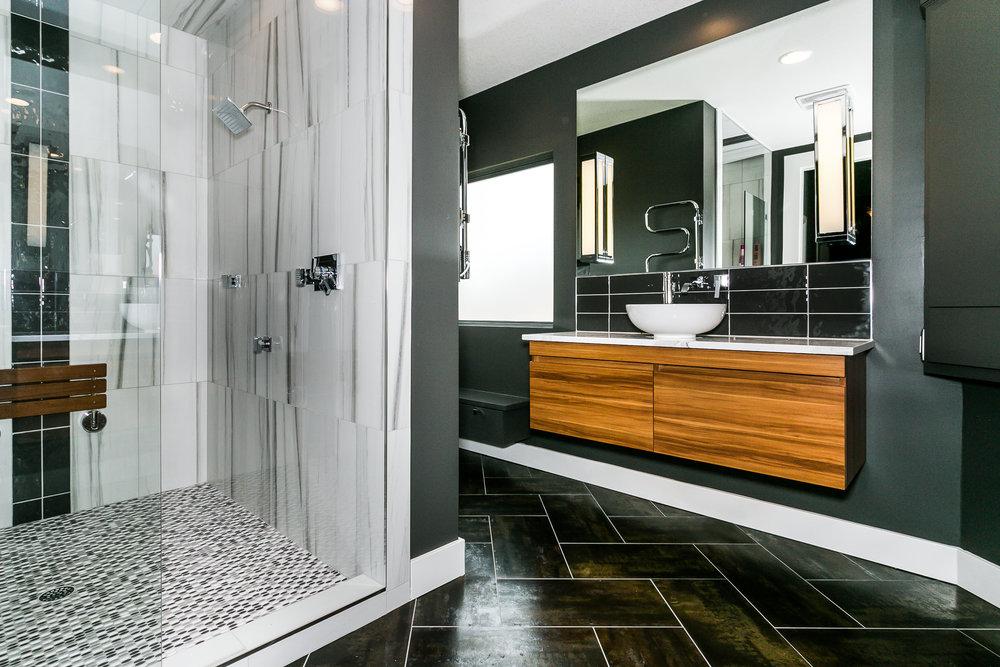 321 Gateway Master Bath-1.jpg