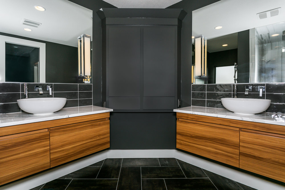 321 Gateway Master Bath-2.jpg