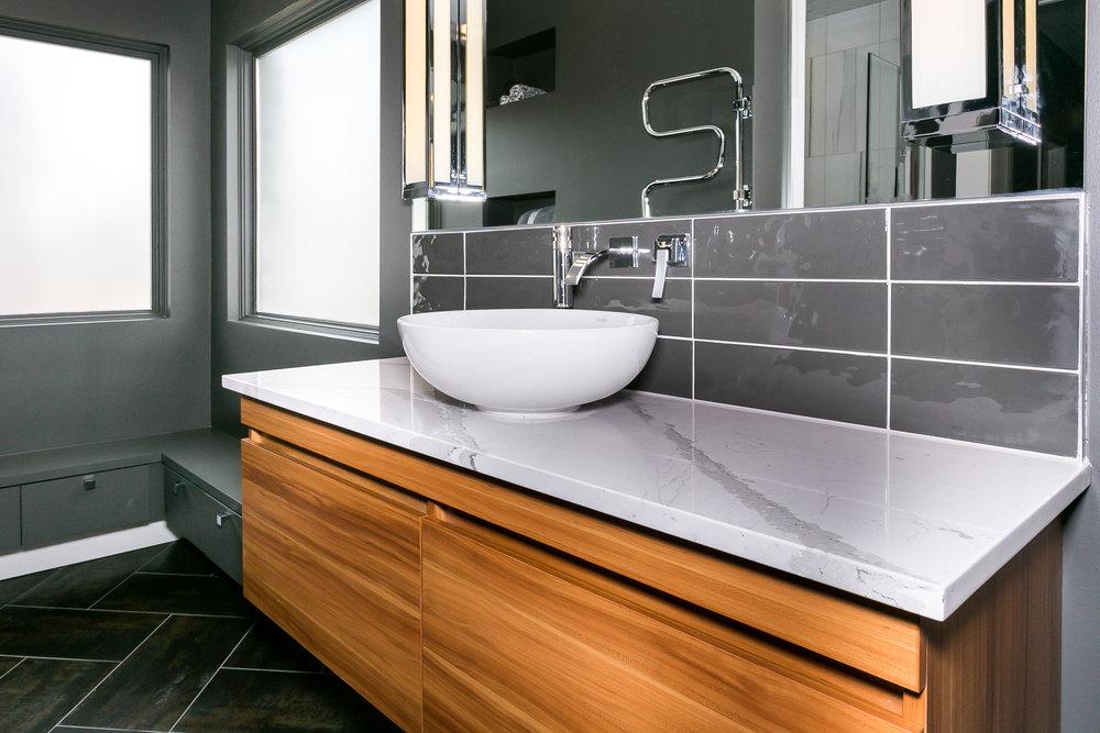 321 Gateway Master Bath-3.jpg