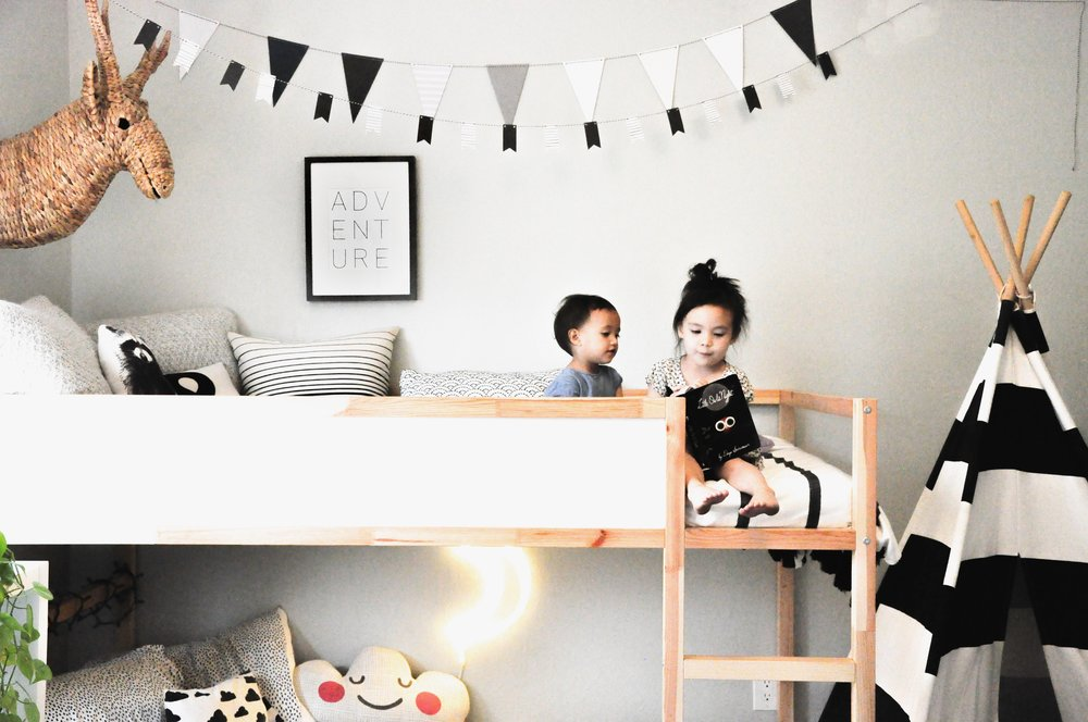 Girls Room Tee Pee.JPG