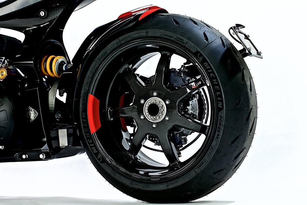 ARCH 1S L Side Rear Wheel.jpg