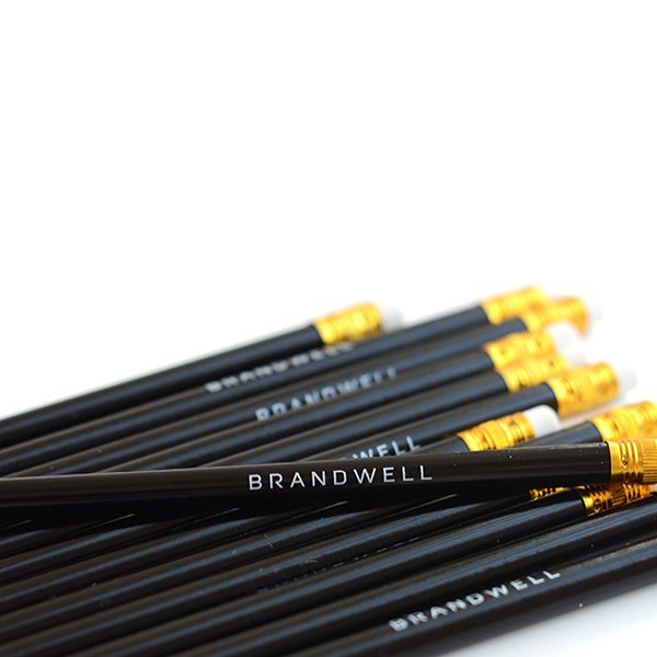 Your brand has a visual point of view. Your logo and brand colors are the first impressions your potential customers get of you. So, #designwell. Sign-up for our newsletter to get tips and be first to know about future Brandwell offerings to help you and your brand.⠀ ⠀ photo credit: @oleanderandpalm