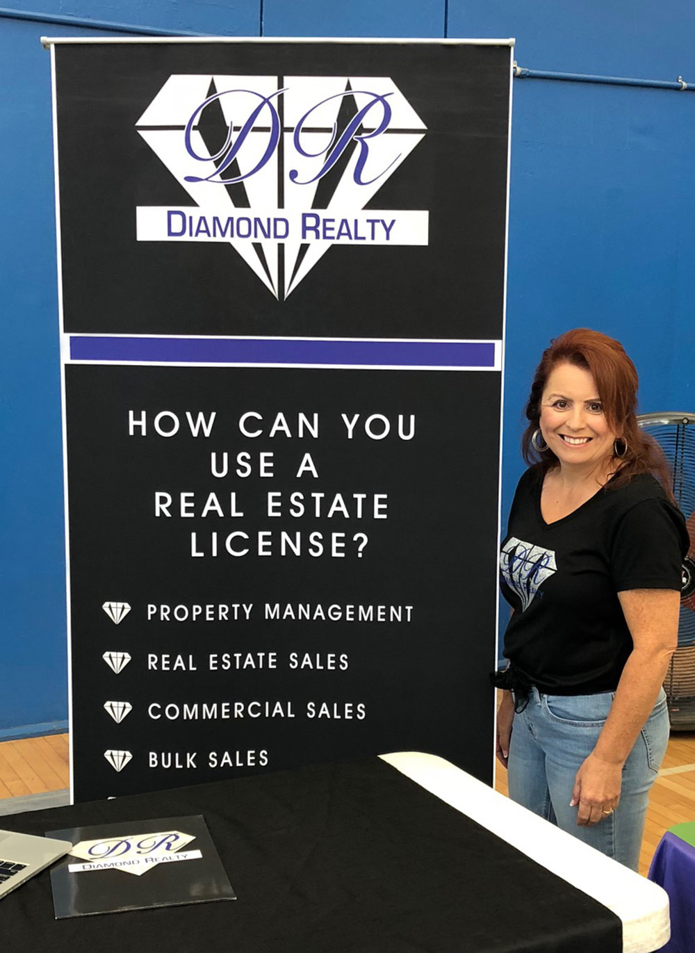 (above) Theresa Robledo, Diamond Realty Owner/Broker, at Fillmore High School's Career Day 2018.