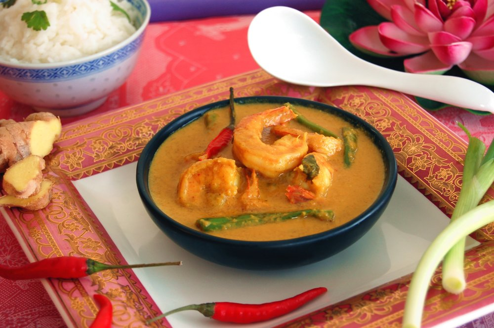 THAI STYLE PRAWN CURRY - {Made with Arvinda's Tuk Tuk Thai Curry}