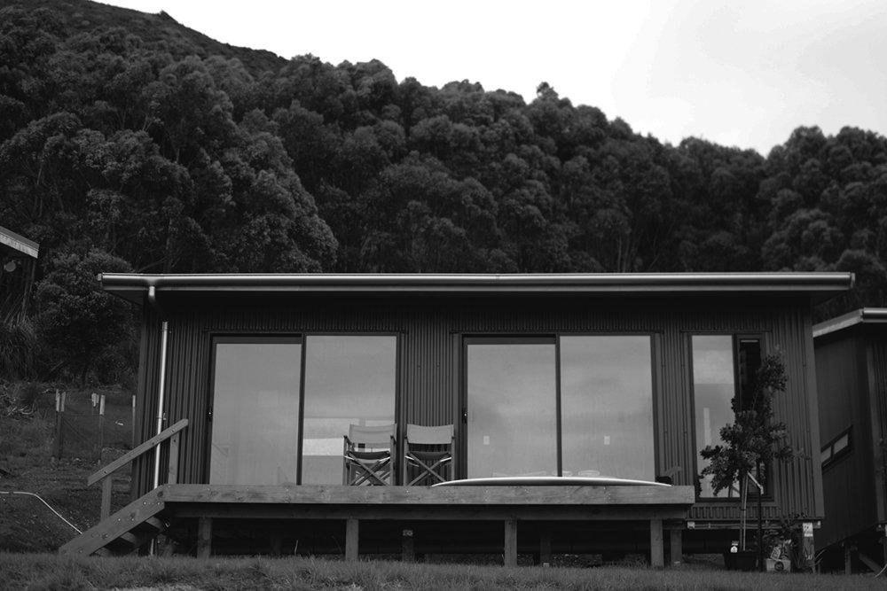 Hut1_Front_low.jpg