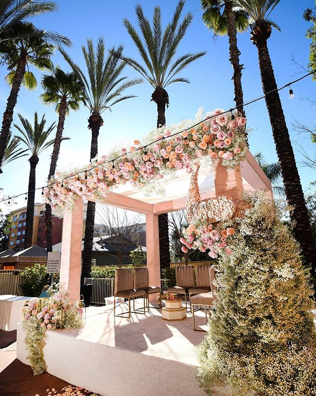 A PICTURESQUE ESCAPE || Pergolas and flowers - the perfect combination to any outdoor event. The soft pinks and whites bring a romantic atmosphere to a gorgeous day! 💮  Floral and Design: @shawnayamamoto | Event Planner: @bluelotusinsights | Rentals: #edgedesigndecor | Photography: @greycardphotography