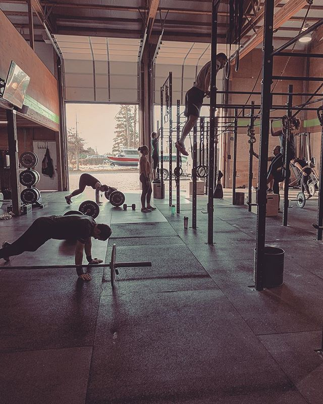 19.4 Sunday Redemption.  12-2pm.  @crossfitgames #crossfit #sundayfunday
