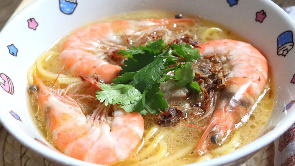 two-bad-chefs-prawn-noodle-dish-02.jpg