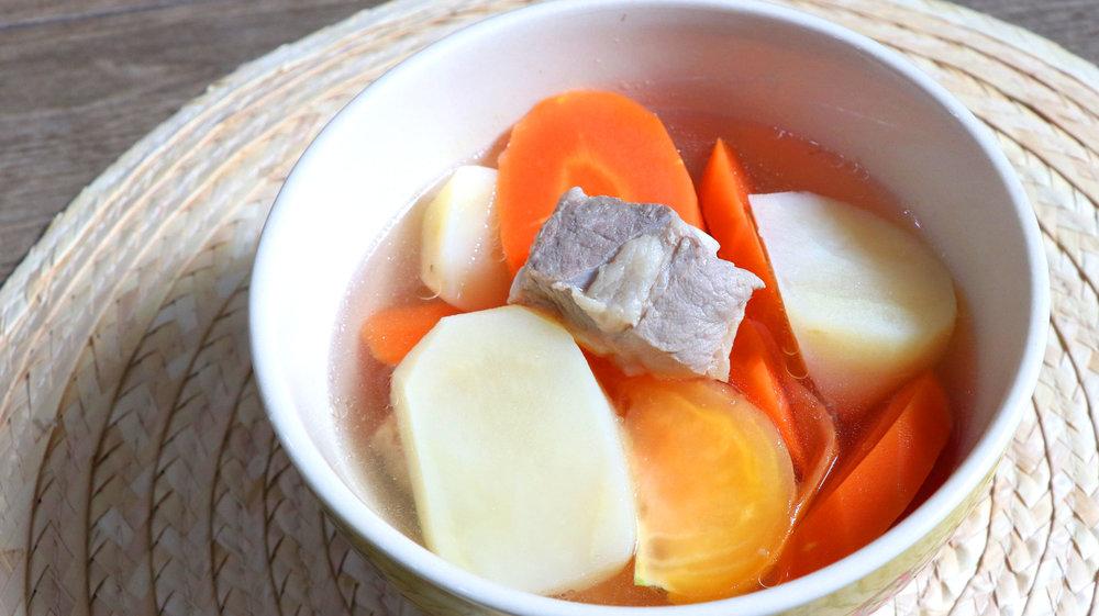 two-bad-chefs-pork-rib-carrot-soup-dish-03.jpg