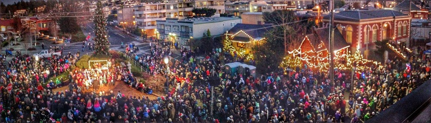 Edmonds_holidays_tree_lighting.jpg