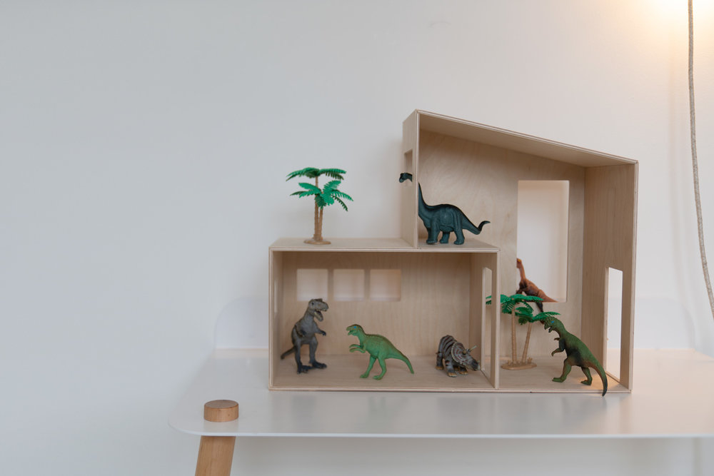Ferm-Living-Kreathaus-Table-Desk-Playroom-Dinosaurs.jpg