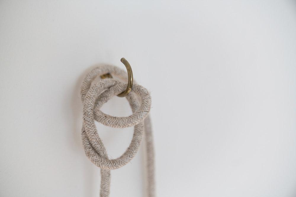 Knot-Wabi-Sabi-Hook-Gold-Brass-Plumen.jpg