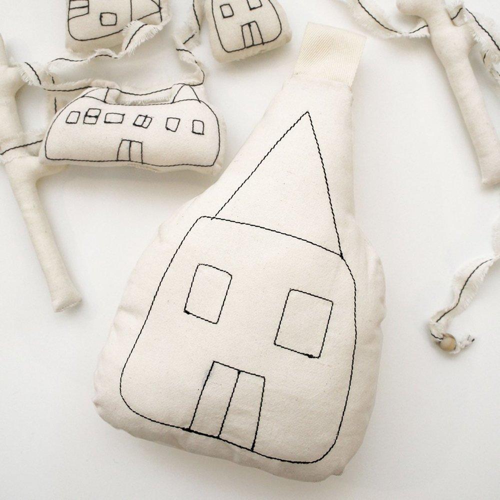KH severina kids cable car pillow 1.jpg