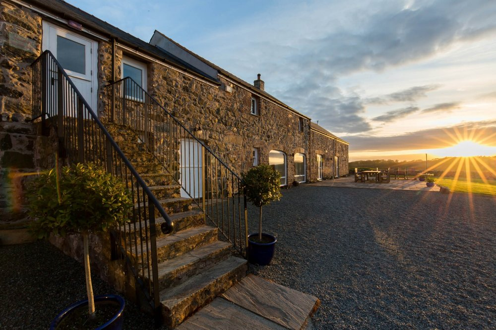 The Space - Luxury ACCOMMODATION and tranquil surroundings, the perfect retreat setting