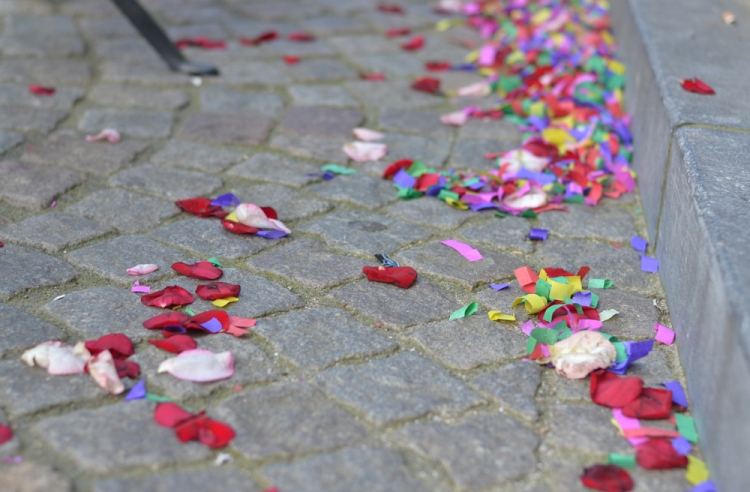 flower confetti | Inspire Styling journal