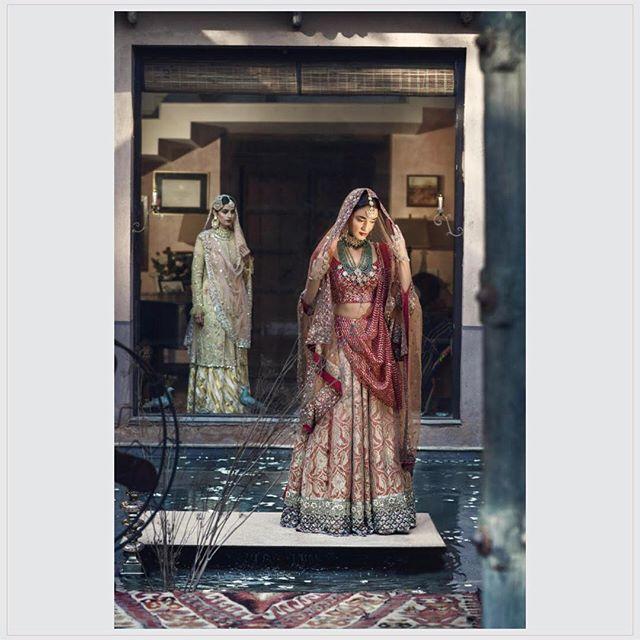Bringing you jewels that last generations. Timeless heritage jewels by #KishandasAndCo.  Outfit courtesy: @houseofkotwara  #throwback #kishandasjewellery #heritagehyderabad #since1870 #lookbook #jewellerymaking #indianjewellery