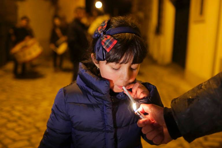 cigarette-child-enfant.jpg