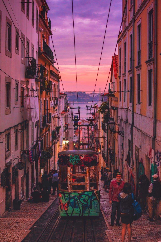 Les couleurs d'hiver apportent un charme particulier à Lisbonne