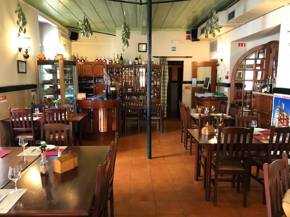 The Pire-Piri restaurant is a very good place to eat when visiting Tomar.