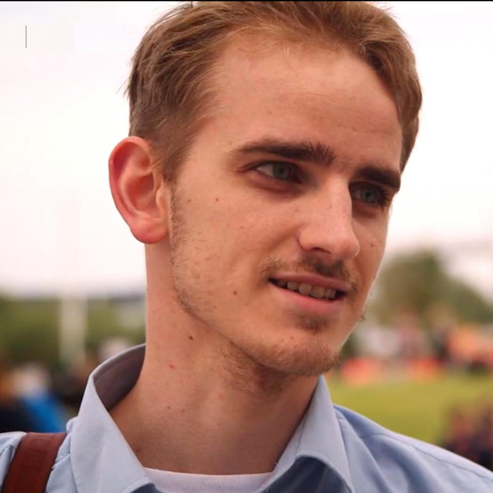 Jakob Jul Elben    Case Writer