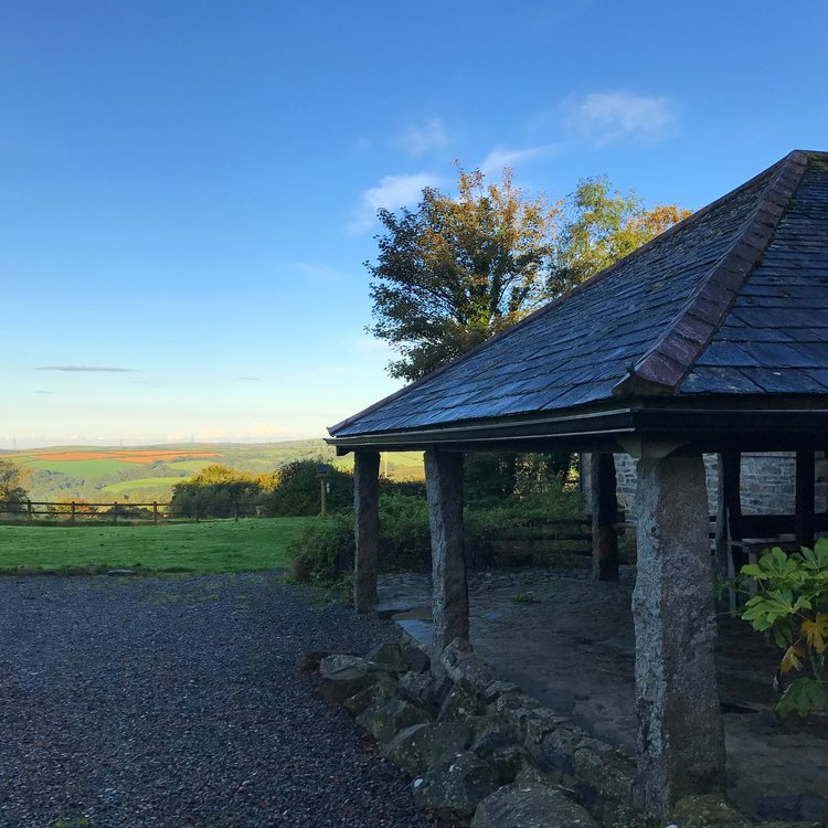 Mill Barn, sleeps 6,with views across North Cornwall