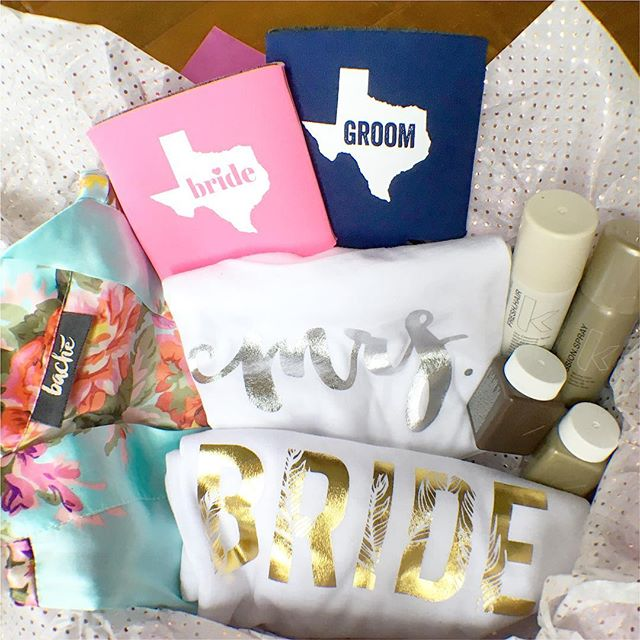 A special cheers to Kristi for winning the Bache bride box! 👰🍾 #houstonbridalextravaganza