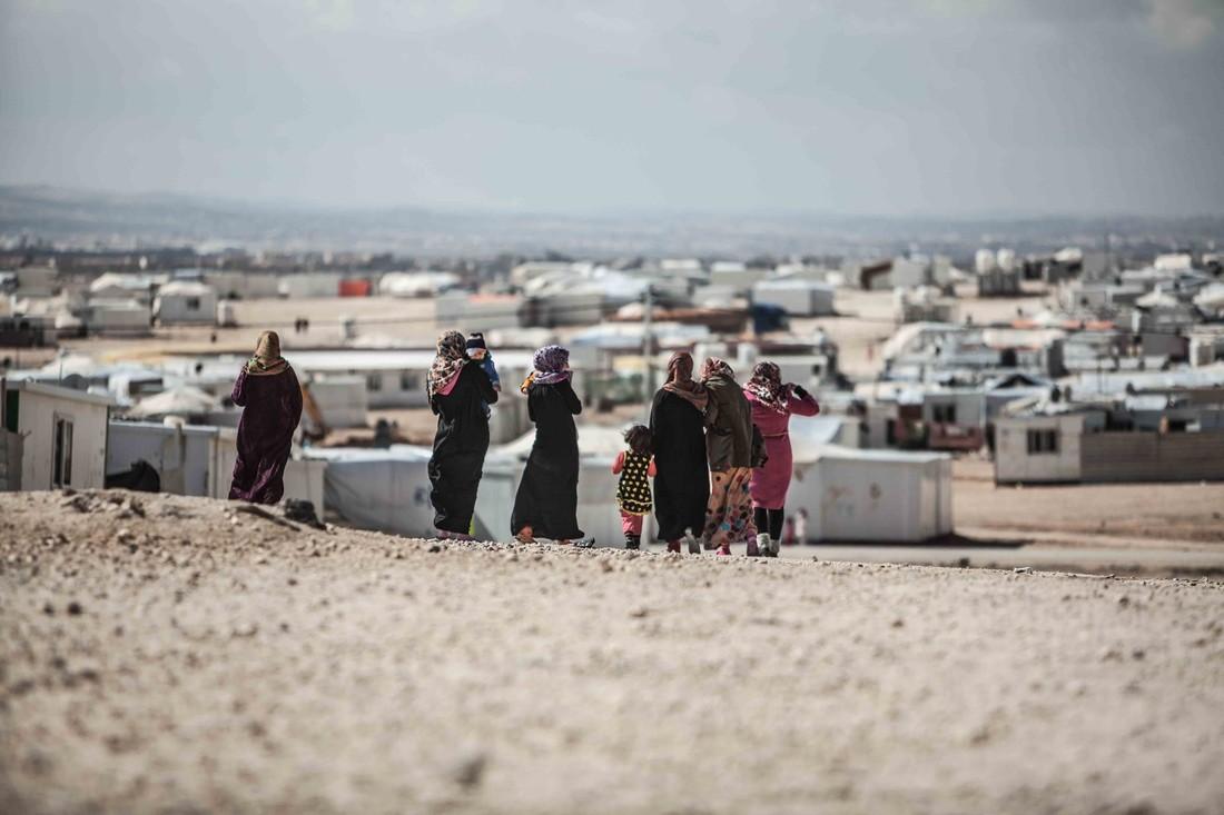 """alt= """"syrian refugee"""""""