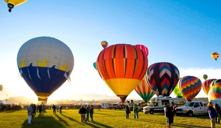 Albuquerque-Balloon-festival_New-Mexico-705326-edited.jpg