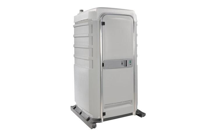 fortis-hire-toilet_orig 16.16.50.jpg