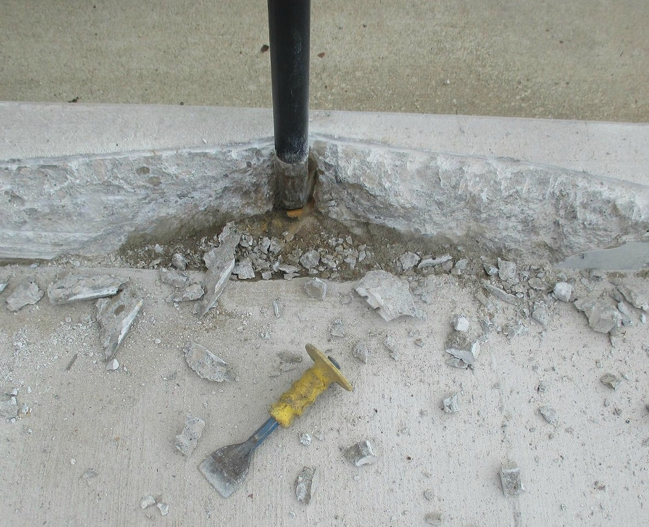 Minimize heavy metal content - Other current cement replacements, such as fly ash, may introduce heavy metals in concrete. This can generate health impacts, especially in renovations.Glass pozzolan is free of heavy metals since it's made of post-consumer glass.