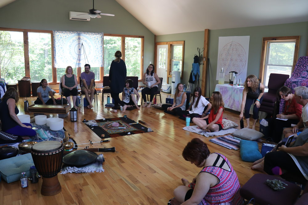Mornings - Learn - Whether you are new to meditation or have been an ardent practitioner for decades the practice you experience on this retreat will open new doors and pathways for your growth.