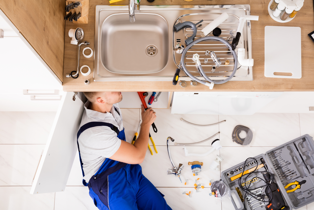 importance of quick action in a plumbing emergency