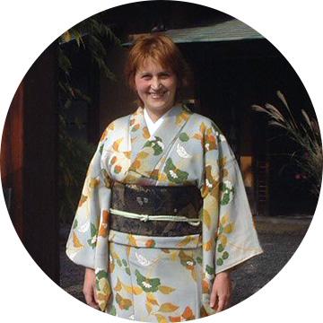 Daniela Uchiyama - Director ProiecteJaponiacontact@educatie.ong