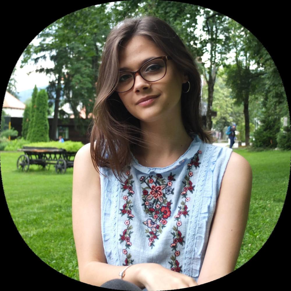Bianca Murzea - Coordonator proiecte tineretcontact@educatie.ong
