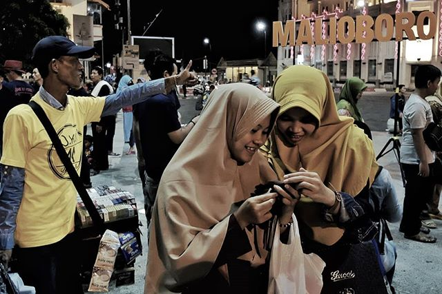 Busy Wendesday night in Malioboro. #indonesia #yogyakarta #java #street #angdamingfans