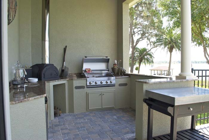 robert wayne manor outdoor kitchen (2).jpg
