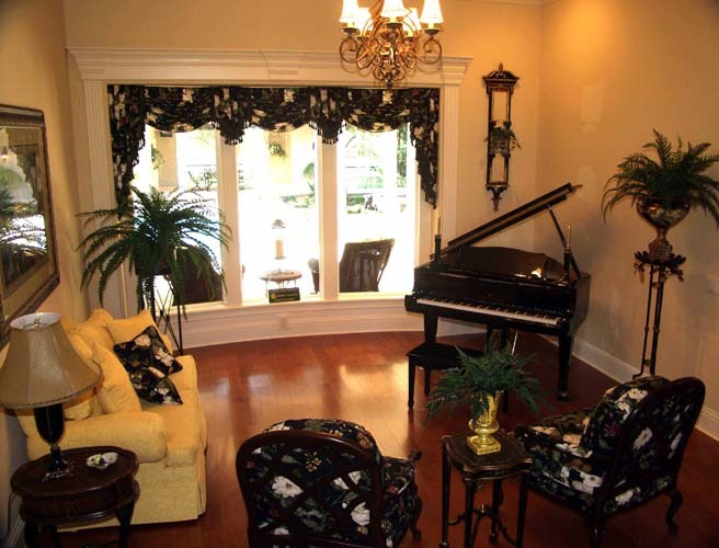 crescent manor living room.jpg